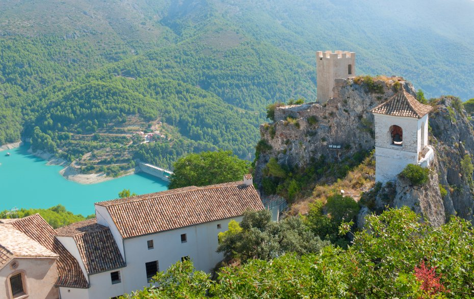 places-to-visit-alicante-Guadalest-valley