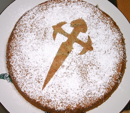 Tarta-de-Santiago-famous-spanish-food-list